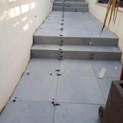 Colocación-de-pavimento-en-reforma-terraza-Burriana-Castellón-e1566905571328.jpg