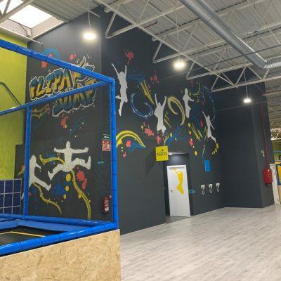 Local-FlipaJump-mural-pared.jpeg