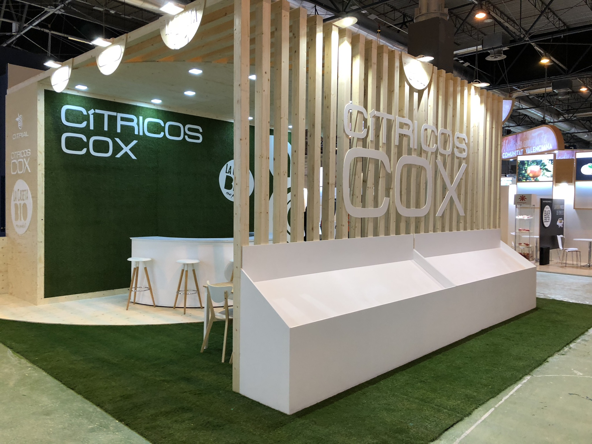 Stand Cítricos Cox