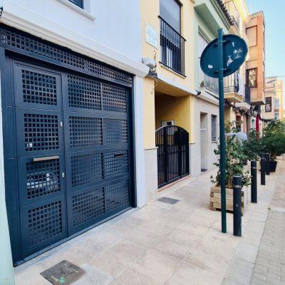 puerta-entrada-casa-medianeras-castellón.jpg